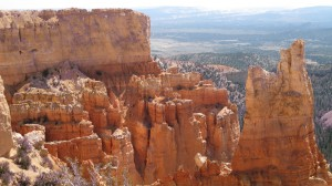 "Bryce Canyon: Colors & ""Hoodoos"""