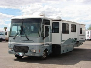 Petersen Clark Expedition buys a mobile home!